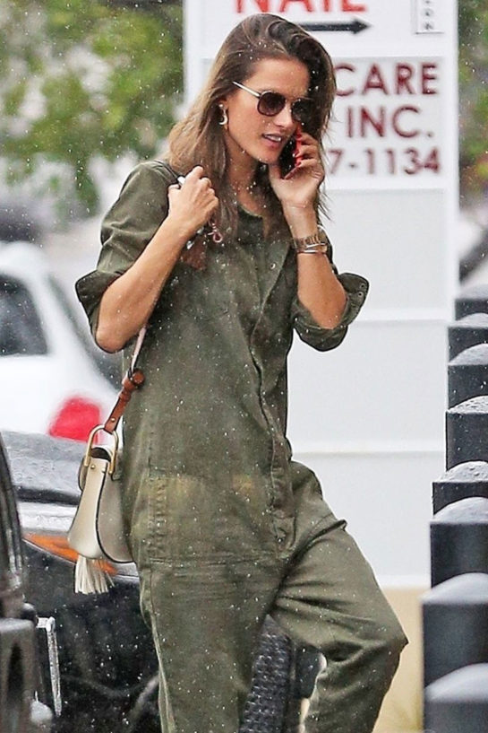 Alessandra Ambrosio in the rain in Los Angeles