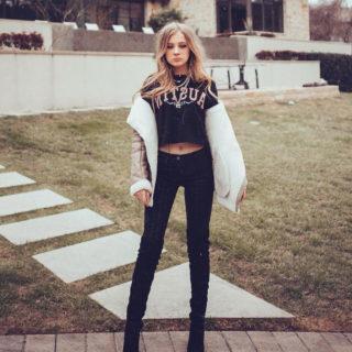 Social Media - Lexi Drew