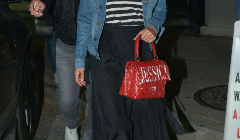 Craig's Restaurant – Jessica Alba Leaves Craig's in Beverly Hills
