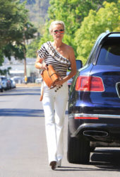 Laeticia Hallyday - Out in Beverly Hills