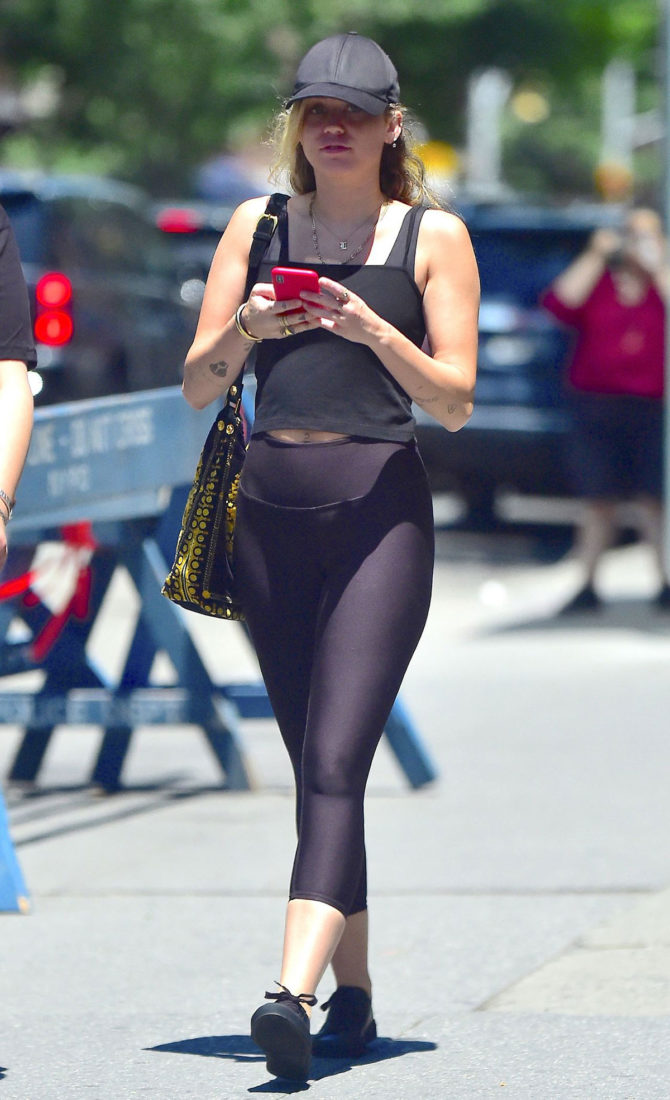 Miley Cyrus – Heading to the Gym in NYC