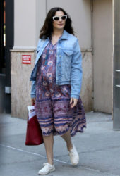 Pregnant Rachel Weisz Leaves Her Apartment in New York
