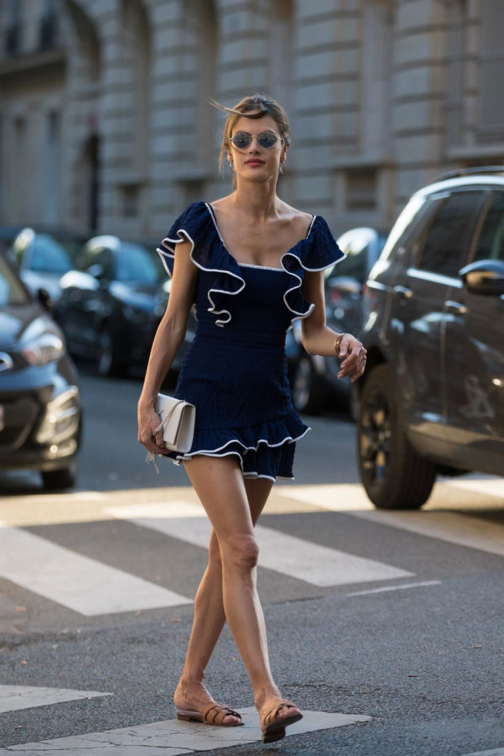 Alessandra Ambrosio Alessandra Ambrosio Out and About in ParisOut and About in Paris