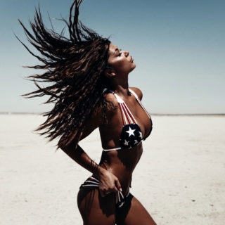 Celebrity Bikini - Arianny Celeste in Bikini