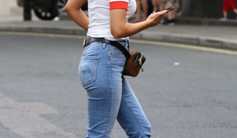 Celebrity Jeans – Mollie King in Jeans Out in London