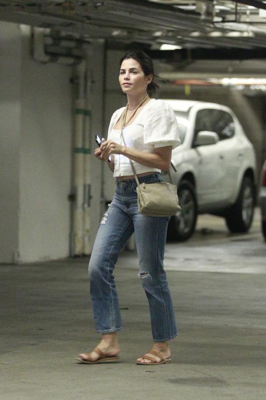 Jenna Dewan Out in Los Angeles