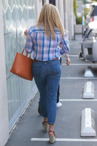 Reese Witherspoon in Denim Heading to Work in Santa Monica