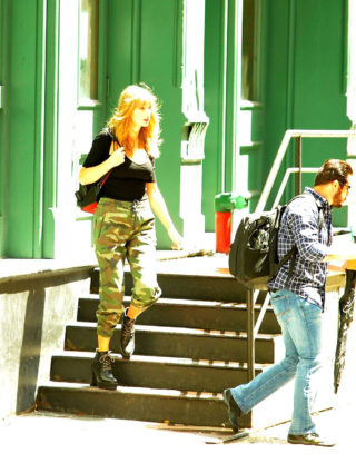 Taylor Swift Leaving Her Apartment in New York