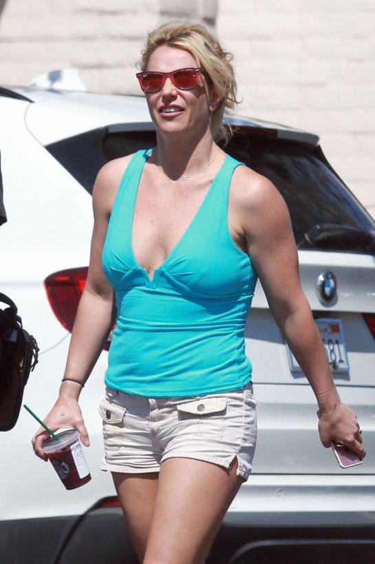 Britney Spears Out in Los AngelesBritney Spears Out in Los Angeles