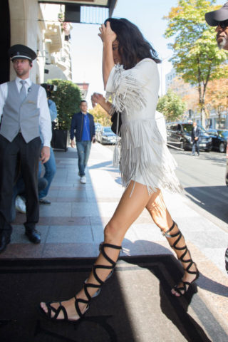 Kendall Jenner Arrives at Four Seasons George V Hotel in ParisKendall Jenner Arrives at Four Seasons George V Hotel in Paris