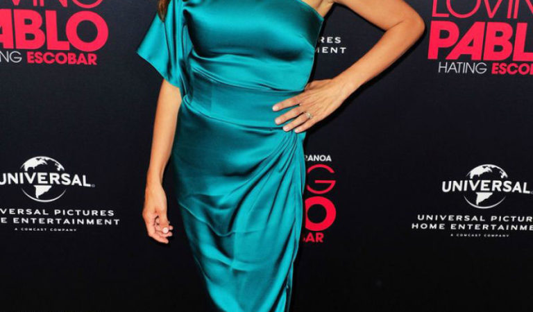 """Red Carpet – Penélope Cruz at """"Loving Pablo"""" Special Screening in West Hollywood"""