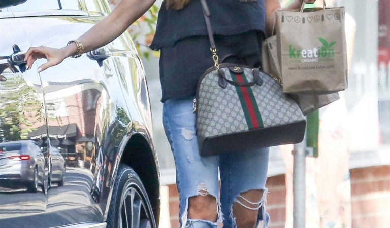 Celebrity Ripped Jeans – Sofia Vergara Out in Beverly Hills