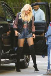 Gwen Stefani in Denim Skirt Arrives at Warner Music Group in Burbank