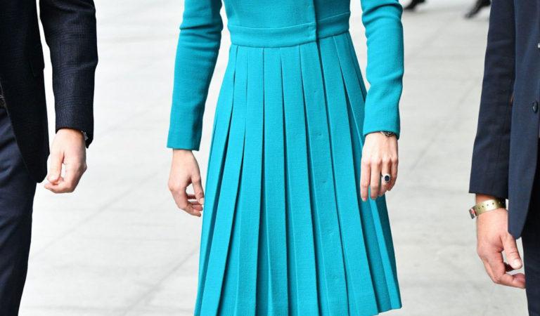 Celebrity Dresses –  Kate Middleton leaves BBC Studios in London