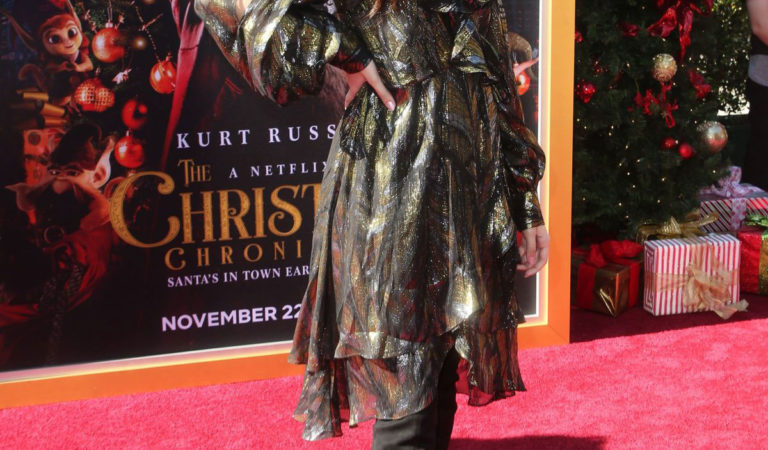 """Red Carpet – Lilimar Hernandez at """"The Christmas Chronicles"""" Premiere In Los Angeles"""