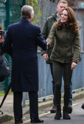 Kate Middleton Visits King Henry's Walk Garden in Islington