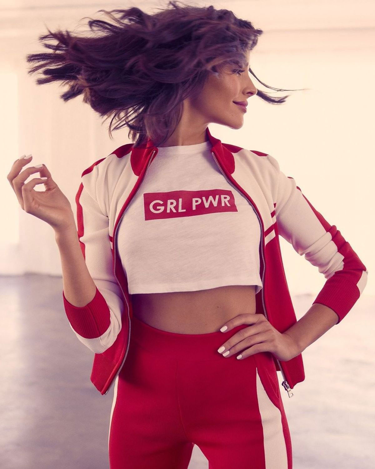 Olivia Culpo Debuts Exclusive Collection With Express