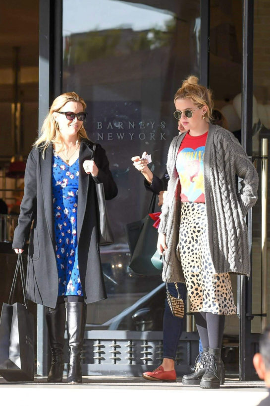 Reese Witherspoon and Ava Elizabeth Phillippe Out Shopping in Beverly Hills