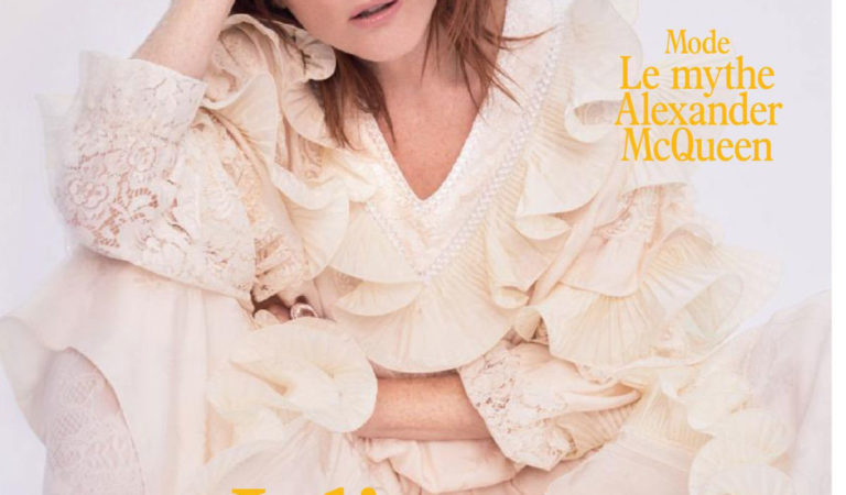 Magazine Covers – Julianne Moore in L'Officiel Paris (March 2019)