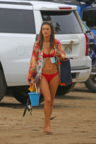 Alessandra Ambrosio in Red Bikini at a Beach in HawaiiAlessandra Ambrosio in Red Bikini at a Beach in Hawaii