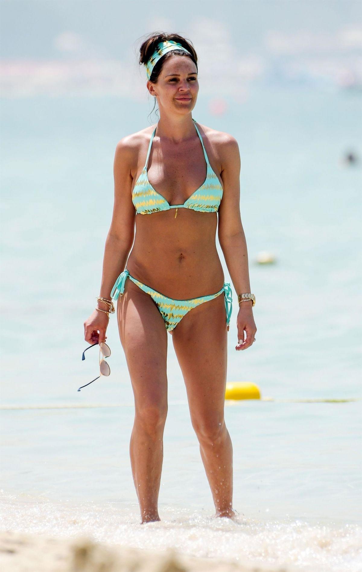 bikini-danielle-lloyd