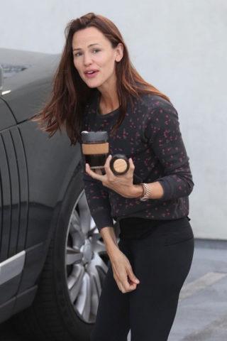 Jennifer Garner – Leaving the Gym in West Hollywood