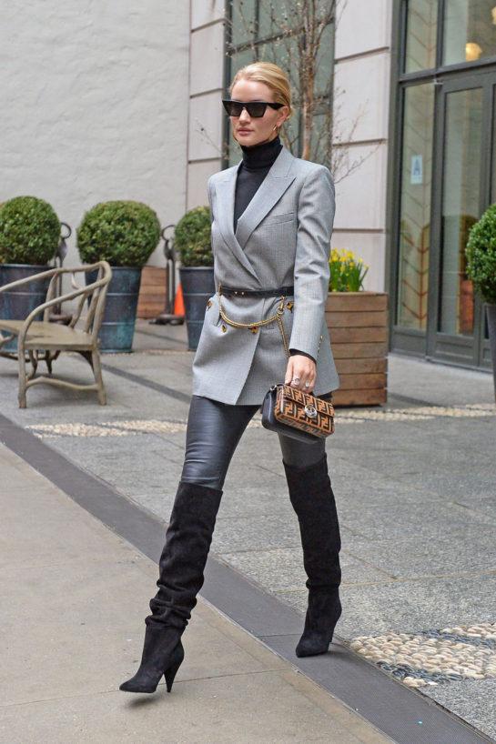 Rosie Huntington-Whiteley Fashion Style – New York CityRosie Huntington-Whiteley Fashion Style – New York City