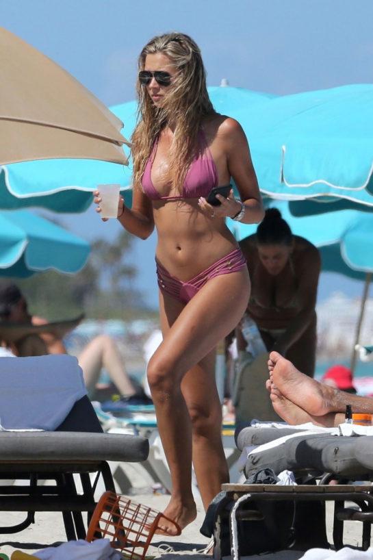 Sandra Kubicka in a Pink Bikini on the Beach in Miami