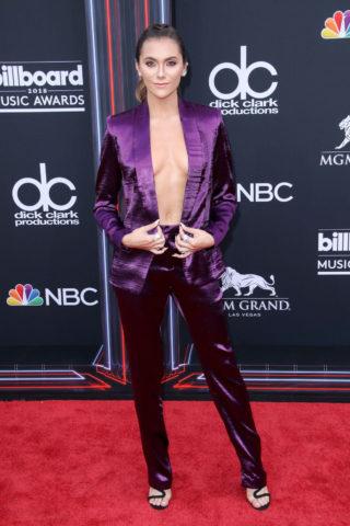 Alyson Stoner at 2018 Billboard Music Awards