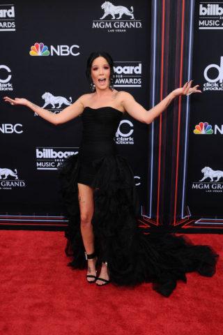 Halsey at 2018 Billboard Music Awards