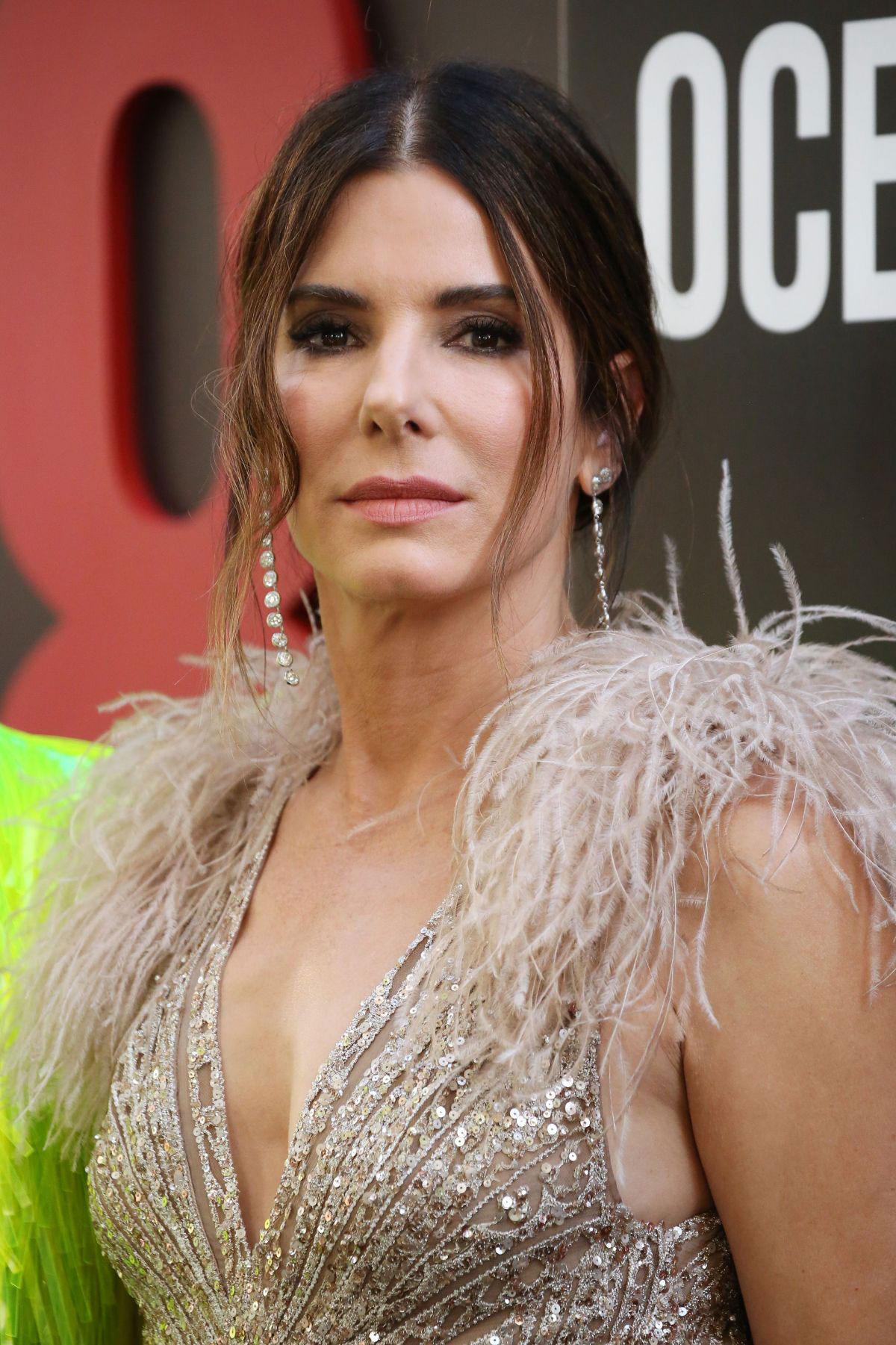 Celebrity Dresses - Sandra Bullock at Oceans 8 Premiere