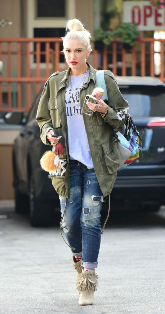 Gwen Stefani Leaves Nail Salon in Los Angeles