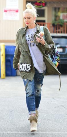 Gwen Stefani Leaves Nail Salon in Los Angeles