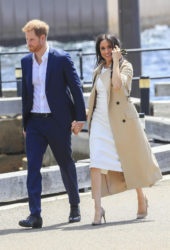 Meghan Markle and Prince Harry arrive at the Sydney Opera House