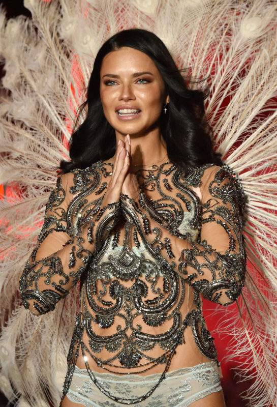 Adriana Lima's Last Show at 2018 Victoria's Secret Fashion Show in New York