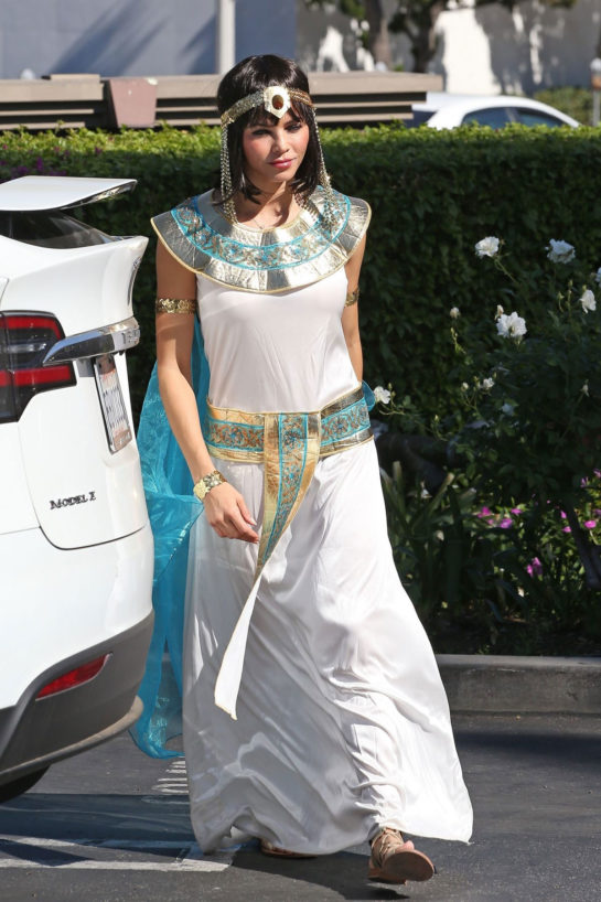 Jenna Dewan Heading to Halloween Party in Los Angeles