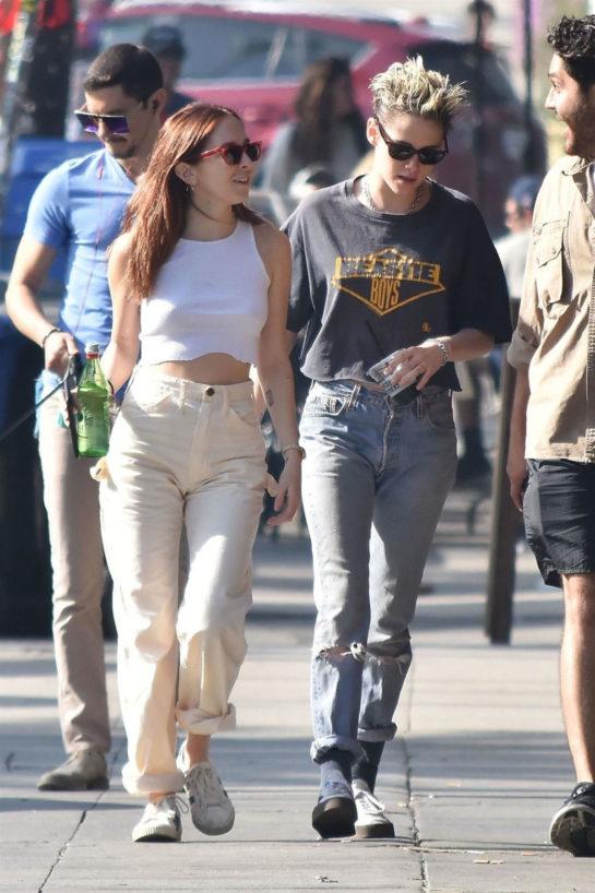 Kristen Stewart and Sara Dinkin in Los Feliz