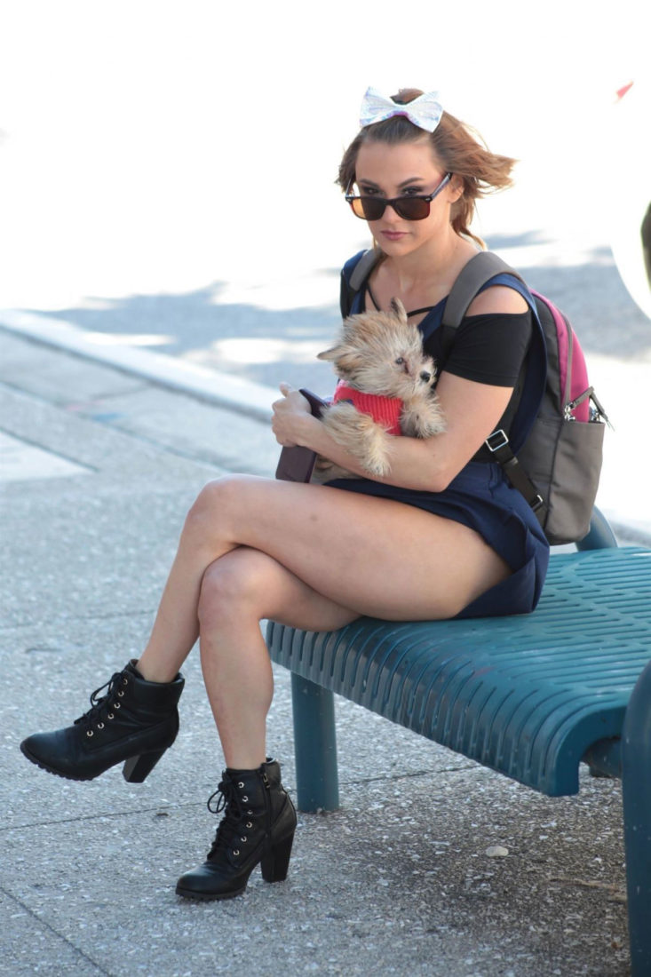 Maria Jade Out with Her Dog in Miami