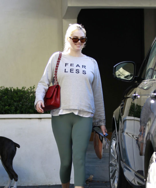 Kate Upton Leaves a gym in Los Angeles