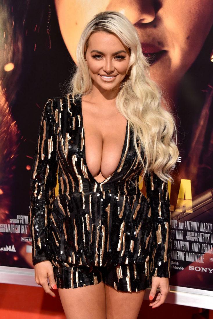 Lindsey Pelas at Miss Bala Premiere in Los Angeles