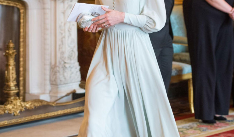 Celebrity Dresses – Kate Middleton at a Reception to Mark 50th Anniversary of Investiture of the Prince of Wales in London