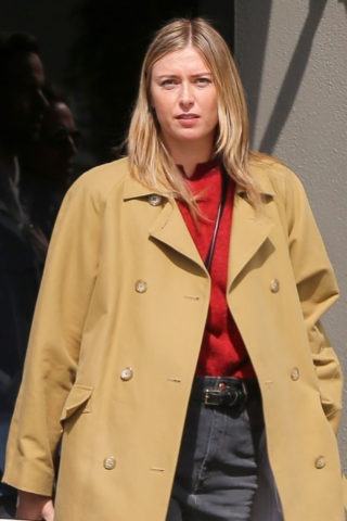 Maria Sharapova Out on Venice Beach in Los Angeles