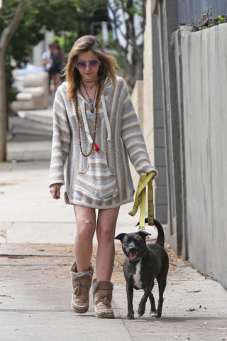 Paris Jackson and Gabriel Glenn Out with Their Dog in Los Angeles