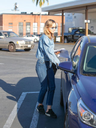 Suki Waterhouse Out Shopping in Los Angeles