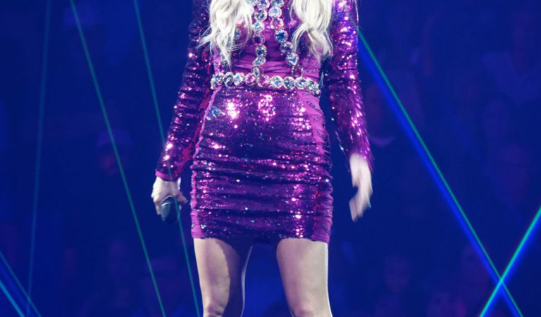Celebrity Concert – Carrie Underwood Performs at the MGM Grand Garden Arena in Las Vegas