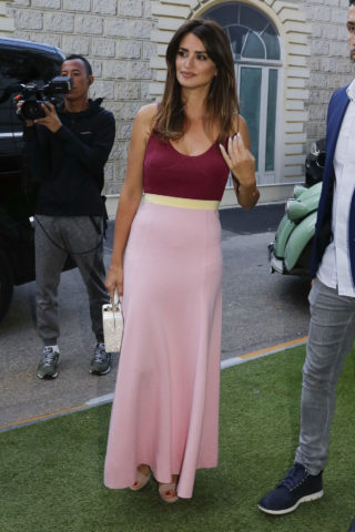 Penelope Cruz Arrives at Variety Cocktail at 2019 Cannes Film Festival