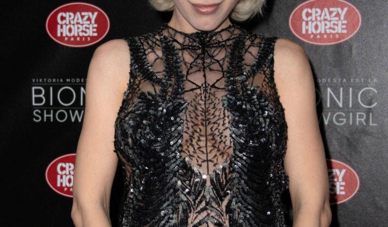 Pregnant Celebrities – Aria Crescendo at Bionic Showgirl Premiere in Paris