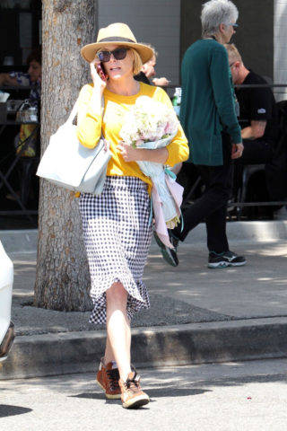 Julie Bowen Leaving Joan's On Third in Studio City
