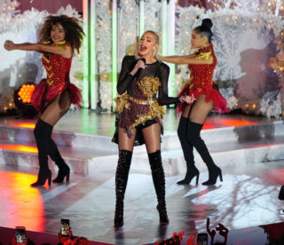 Gwen Stefani performs at Rockefeller Center Tree Lighting in New York