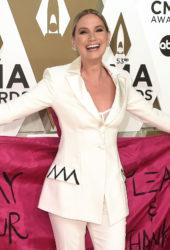 Jennifer Nettles at 2019 CMA Awards in Nashville